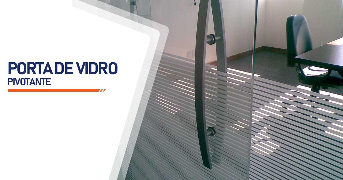 Porta Pivotante De Vidro